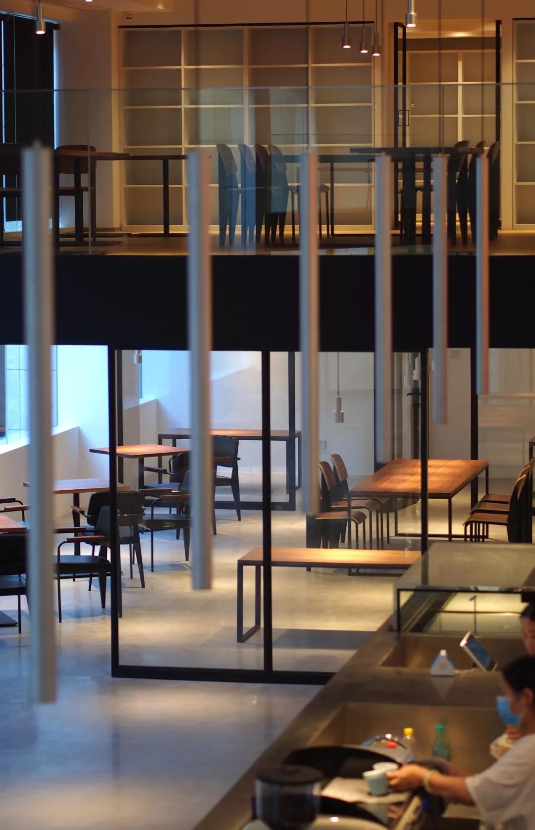 格调与艺术,于咖啡厅气质的糅合升华